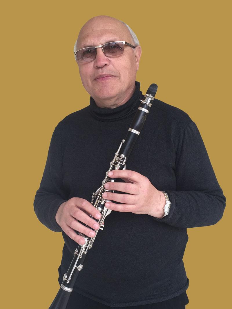 רפאל טופטונוב
